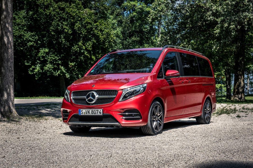 全新Mercedes-Benz EQV是品牌史上第一款純電豪華商旅車。 摘自Me...