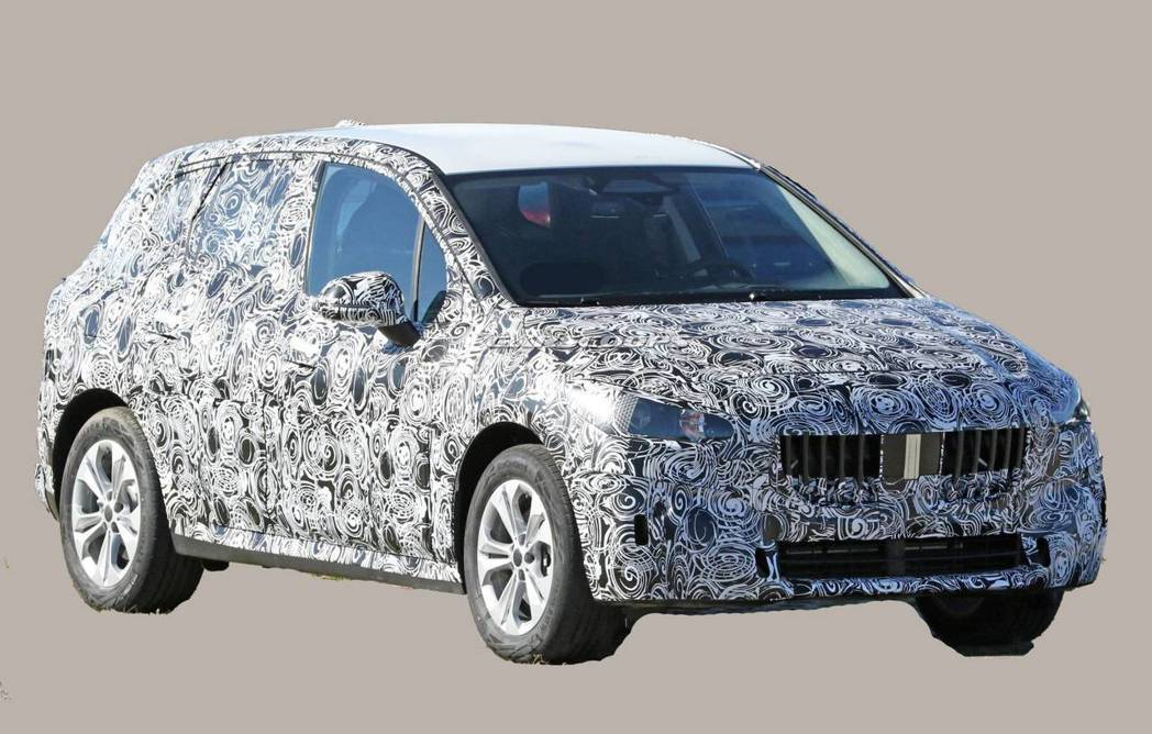 由於新世代BMW 2 Series Active Tourer偽裝車的出現,也殲...