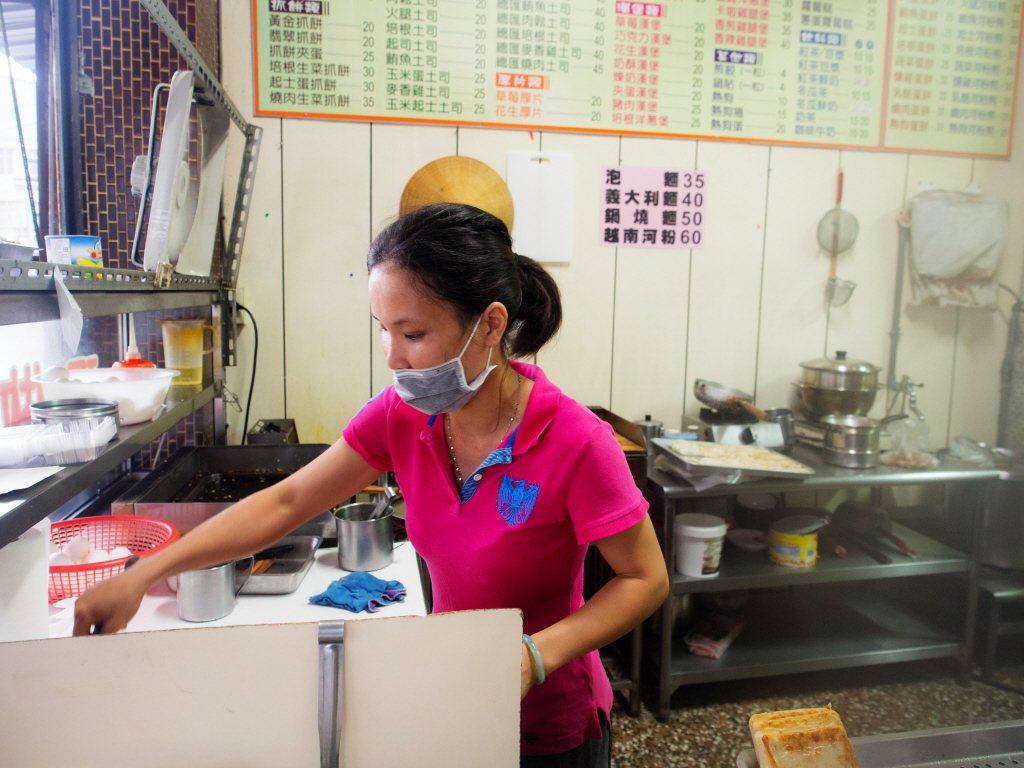 小吃店老闆示意圖。 圖片來源/聯合報系
