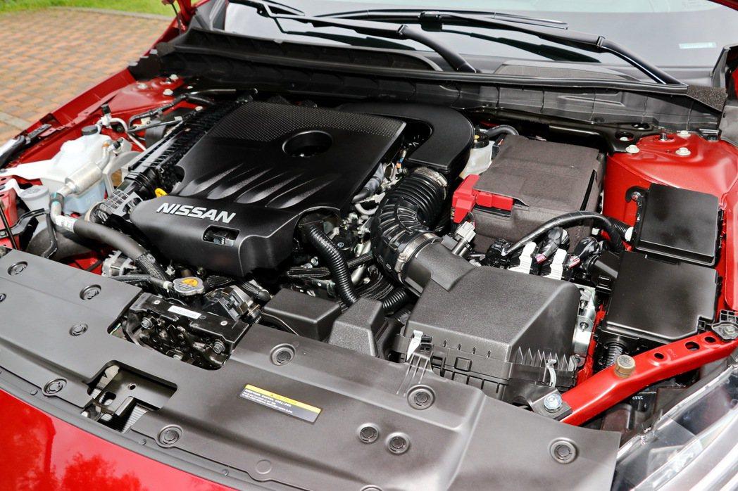 全新KR20DDET VC-Turbo可變壓縮比直列四汽缸渦輪增壓引擎。 記者陳...
