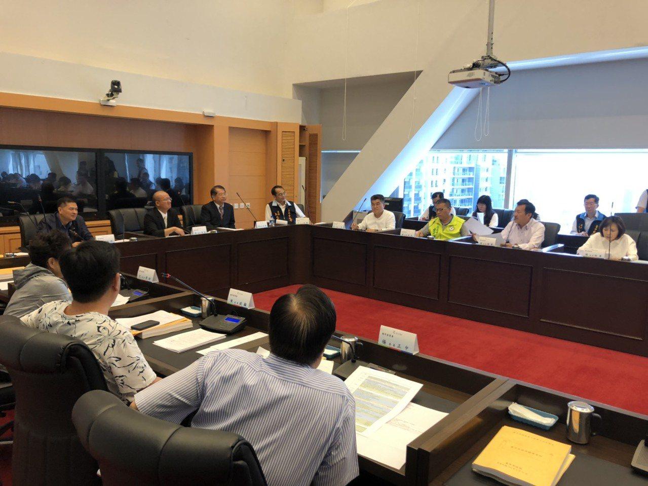 台中市議會議員出國考察 質詢縮短天數