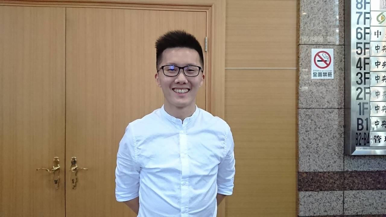 國民黨總統參選人韓國瑜選情待衝刺,媒體人趙少康認為,韓在年輕族群幾乎崩盤是原因。...