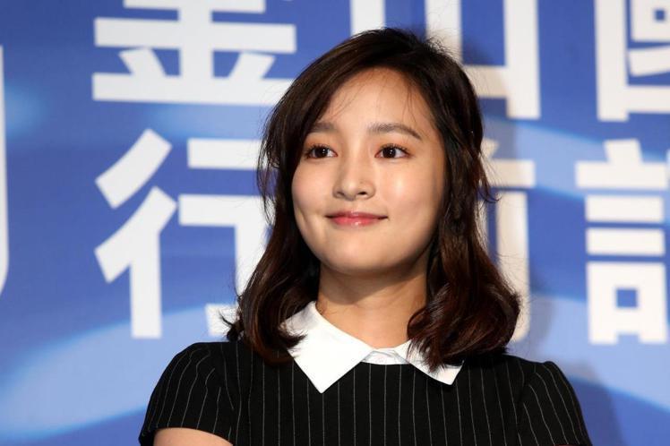 2019年釜山影展行前記者會,電影返校演員王凈、導演徐漢強二人出席,王凈說拍戲時導演都不讓她吃好吃的東西,都是吃王淨餐。