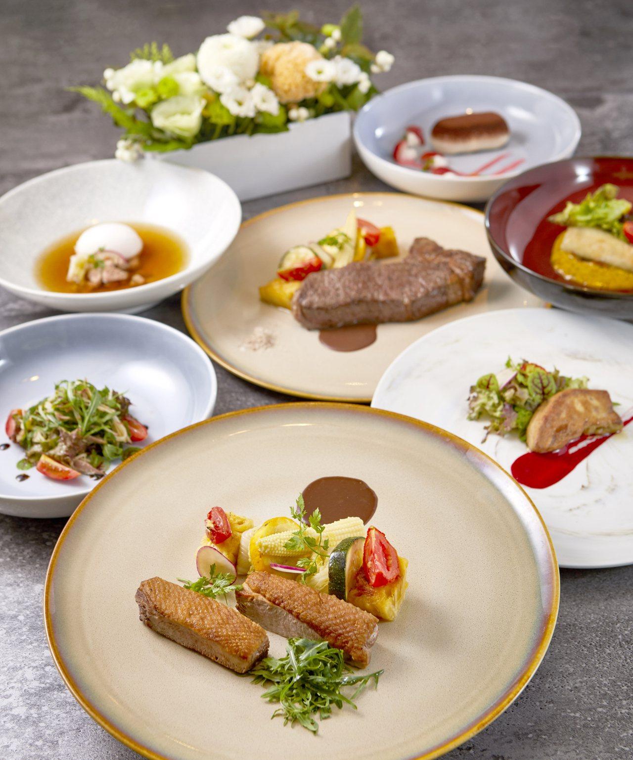 慕軒飯店GUSTOSO義大利餐廳從10月1日到12月23日推出義大利宮廷全鴨盛宴...