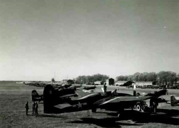 1958年,中共「首都一號」在南苑機場試飛。 (北京日報微信)