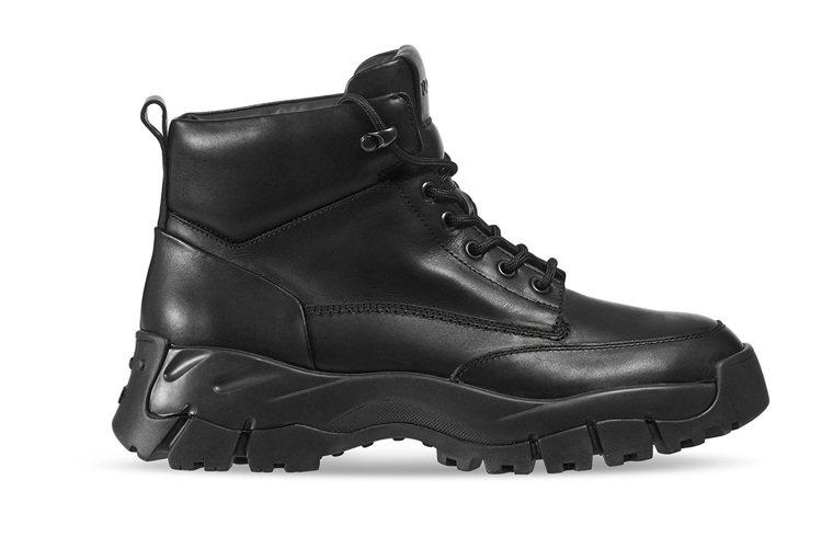 TOD'S皮革拼接中筒靴。 圖/TOD'S 提供