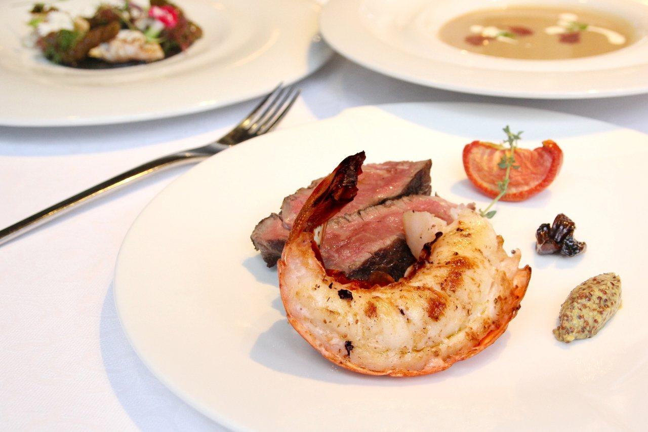 PRIME ONE牛排館則是推出點套餐送龍蝦尾半隻。圖/台北花園大酒店提供