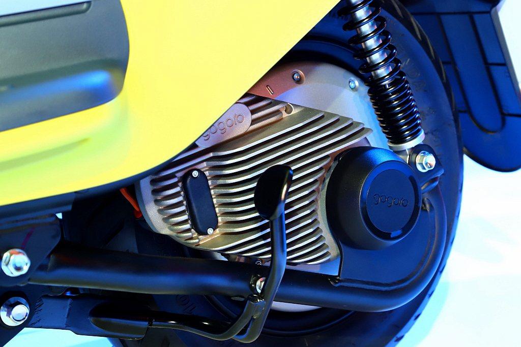 Gogoro VIVA動力搭載全新GH1整合式鋁合金輪轂馬達,透過模組化馬達和控...