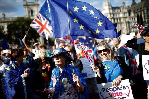 脫歐插曲:強森策動關閉英國國會,為何「於法不合」?