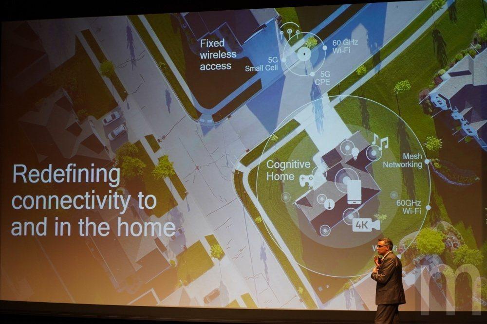 除了家中的連網應用,延伸到室外將會有更大規模的連網應用發展,形成萬物互連溝通