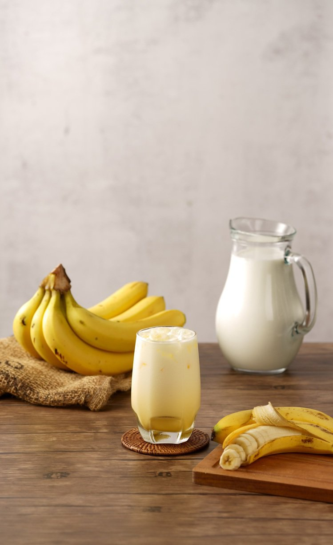 OKmart於10月1日起推出新品「香蕉歐蕾」,嘗鮮價55元。圖/OKmart提...