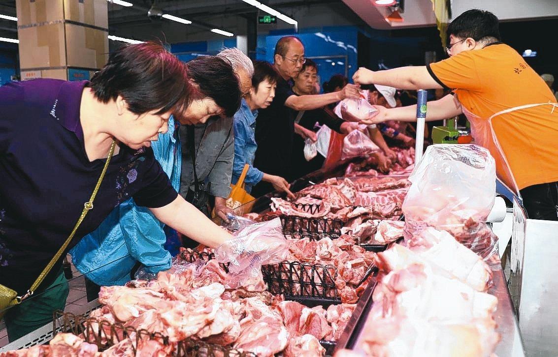 因應十一期間豬肉市場供應和價格穩定,河北省9月25~30日在全省開展豬肉惠民補貼...
