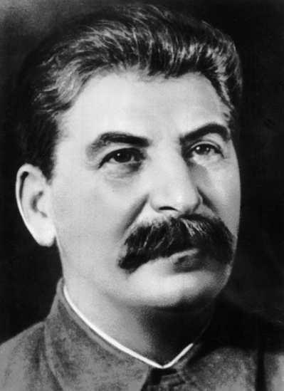 蘇聯領導人史達林原葬於列寧墓中,赫魯雪夫發動去史達林化活動後,被遷葬至克里姆林宮...