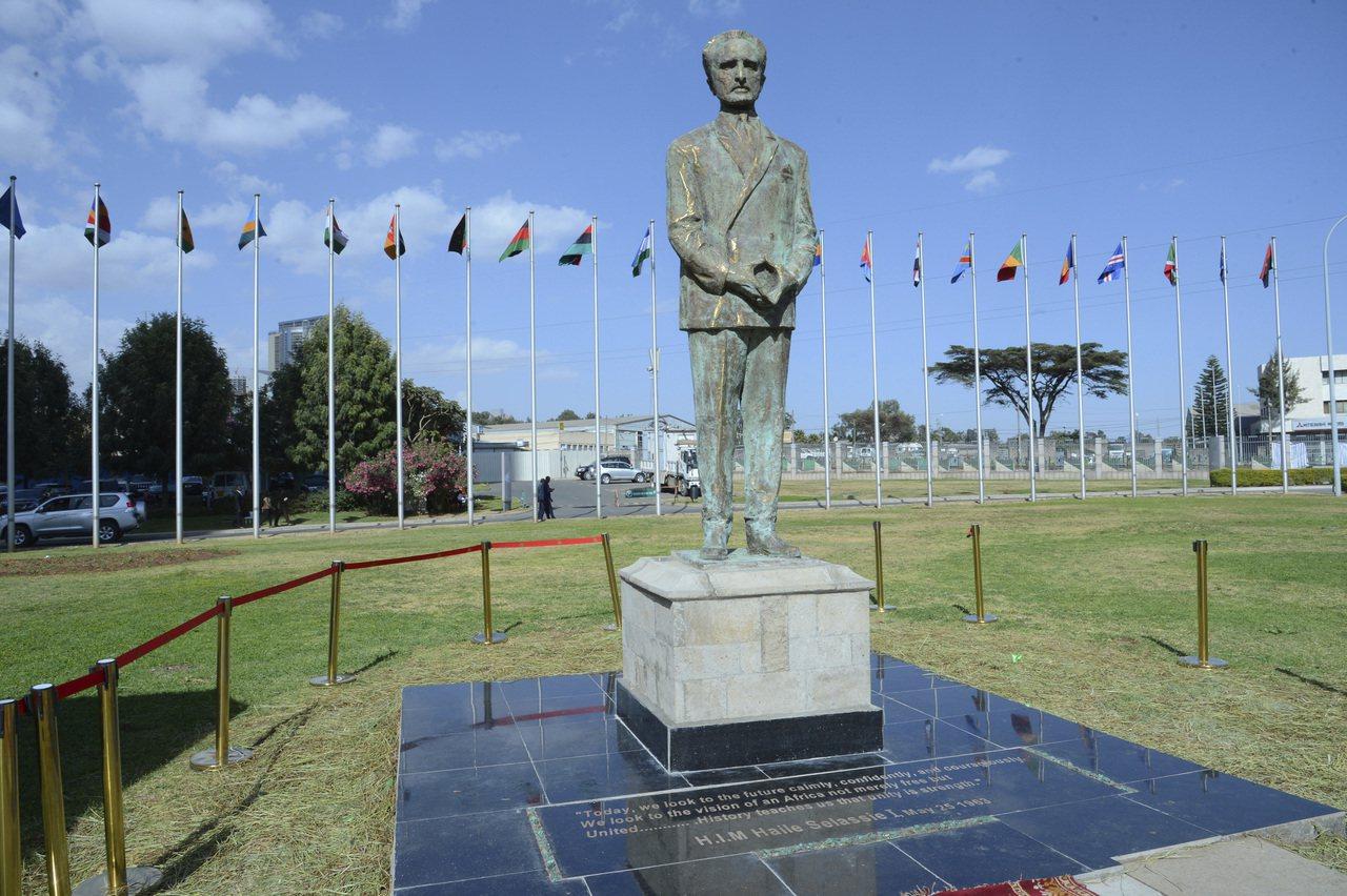 衣索匹亞末代皇帝塞拉西雕像。(美聯社)