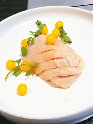池淺鹽水筍雞。 圖/張聰 Desmond Chang