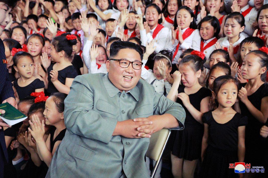 2018年南韓生育率為0.98%,是全世界唯一一個跌破1%、也是生育率最低落的國...