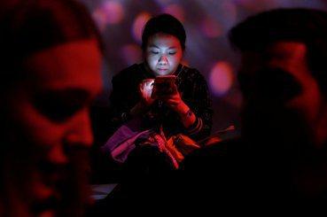 陳禹仁/我既完美又脆弱:SNS時代的溝通方式如何改變我們?