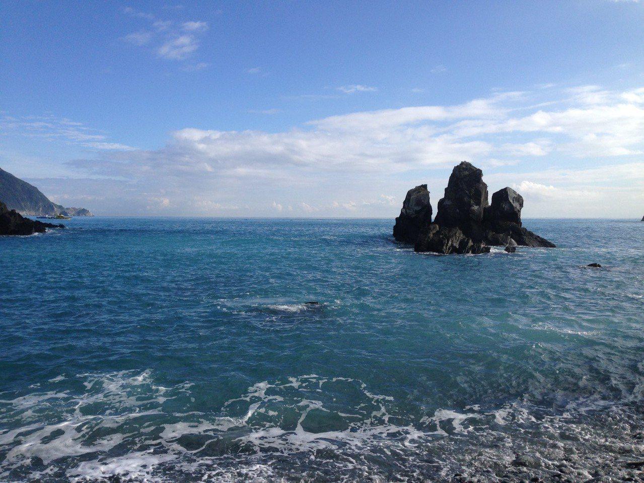 宜蘭版「下龍灣」 粉鳥林海灘秘境重新開放