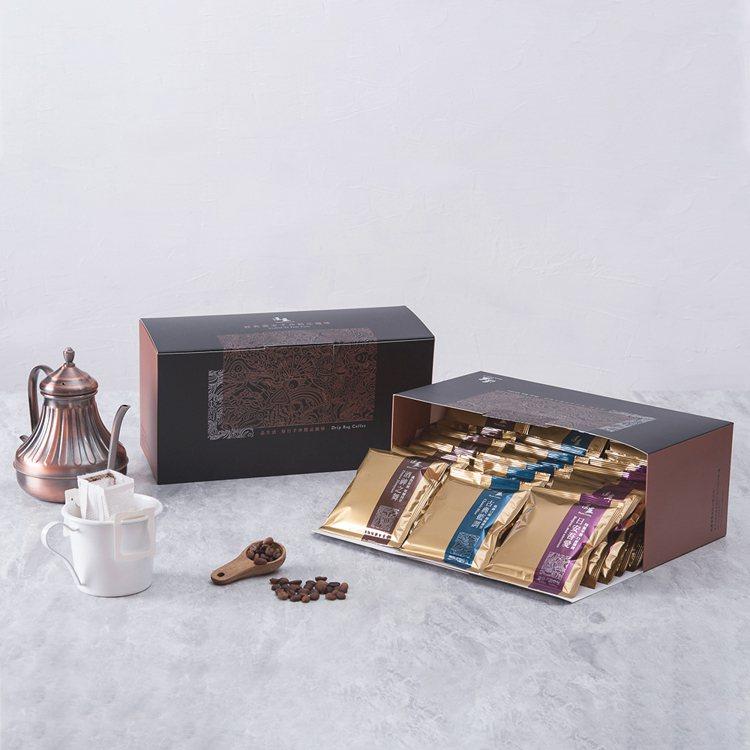 湛盧咖啡濾掛式咖啡包(經典獨家系列),momo購物網活動價520元。圖/momo...