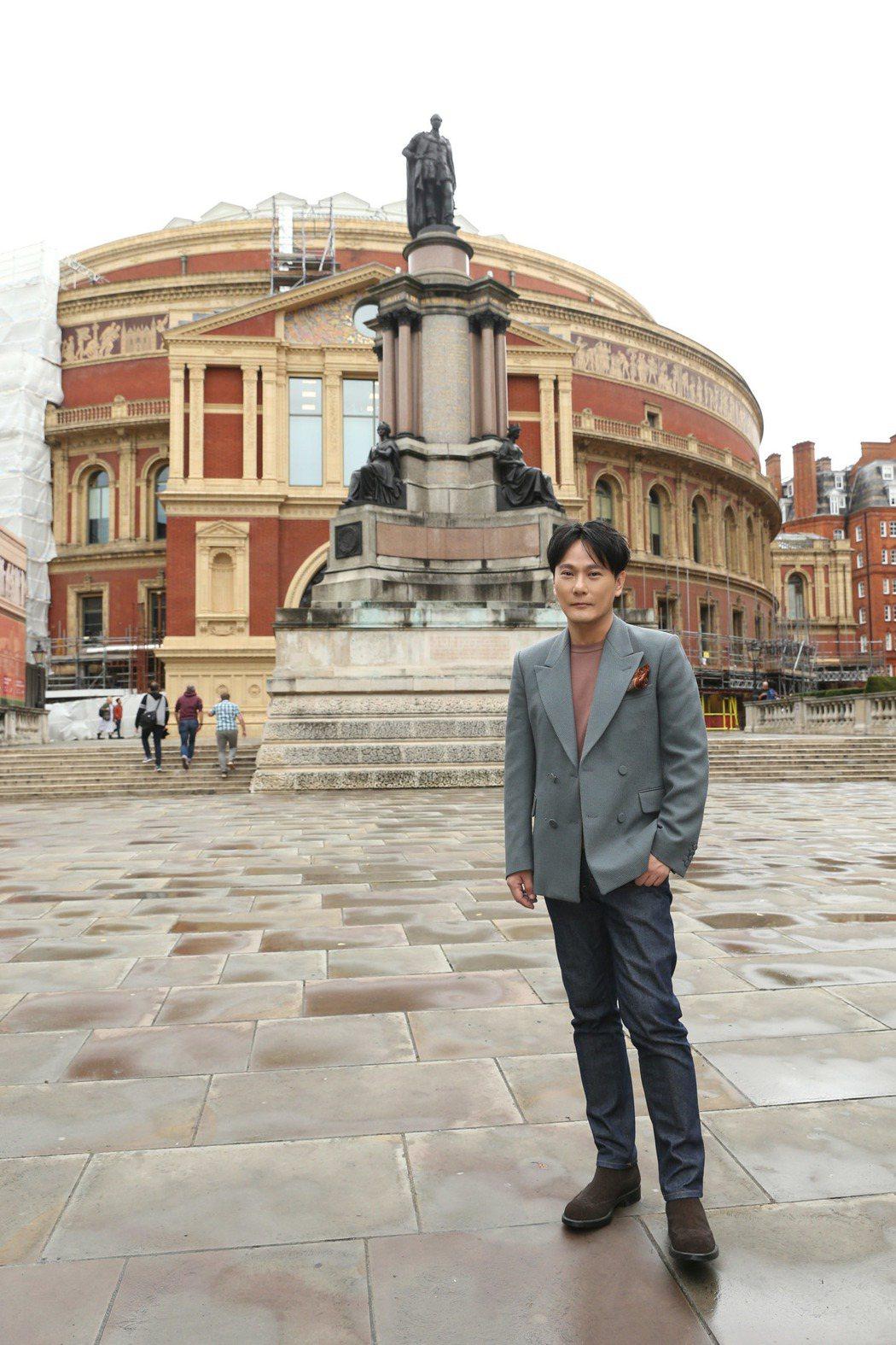 張信哲「未來式」巡演海外首站,將登英國有148年歷史的皇家阿爾伯特音樂廳。圖/潮...