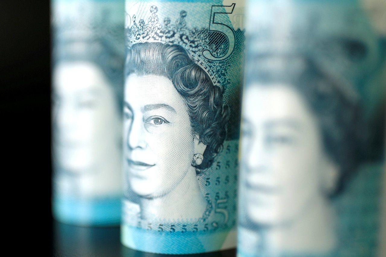 英國民眾被詐騙金額一年內增加40%。路透
