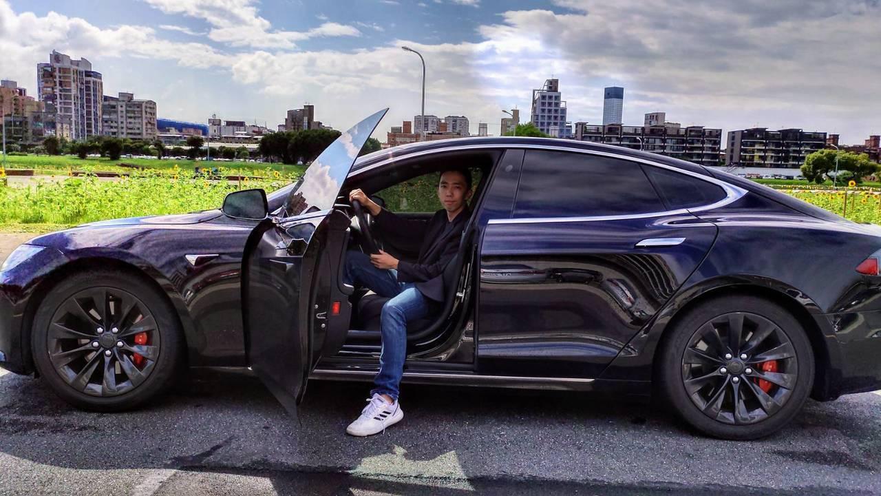 台灣也有電動車隊,ZEV車隊執行長王日新說,目前的客戶主要是對環保、減碳較有意識...