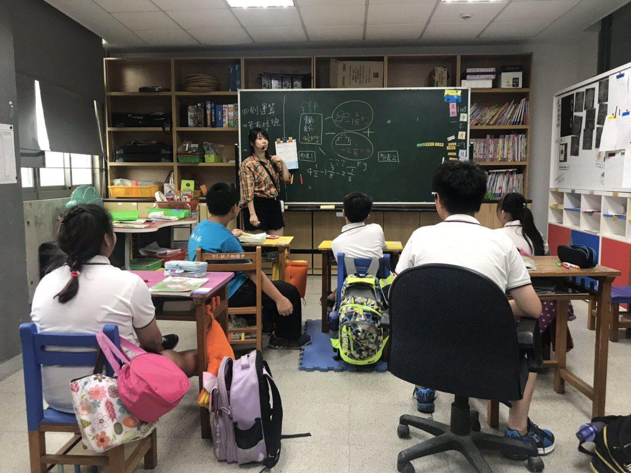 新北市立桃子腳國中小資源班教師徐筱清。圖/新北市教育局提供