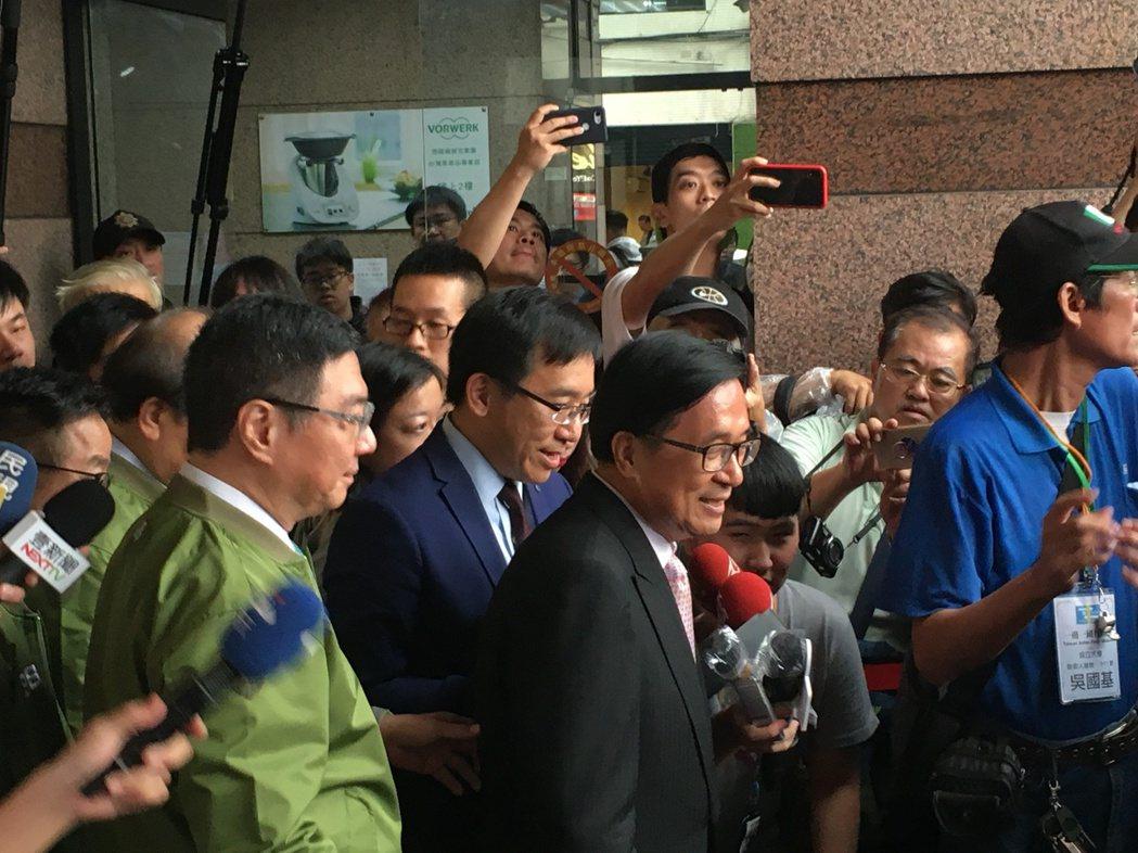 前總統陳水扁現身民進黨黨慶。攝影/記者蔡晉宇