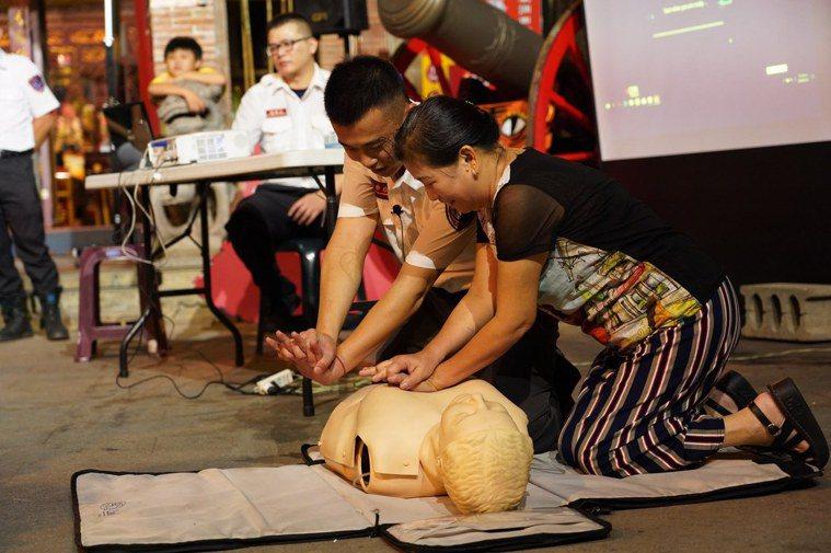 各地消防局建立「DACPR(Dispatcher-Assisted CPR)」制...