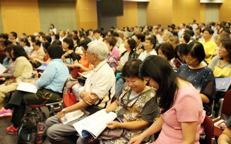 中信銀行統計,近五成民眾針對退休規畫傾向投資耳熟能詳的ETF。圖/聯合報系資料照...