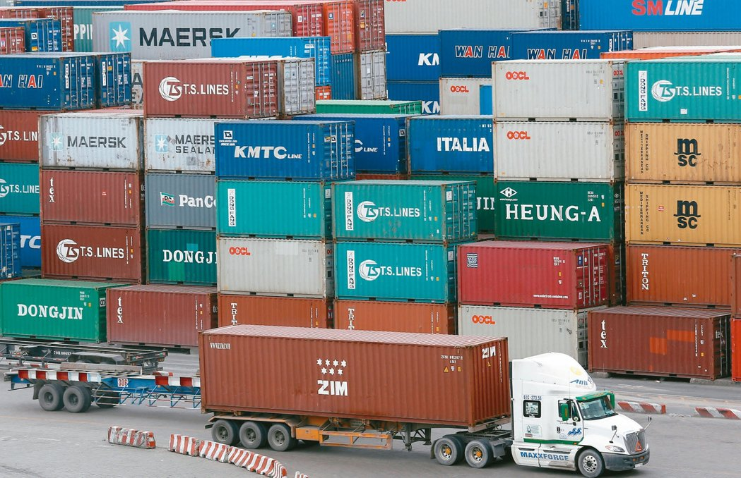 拜出口持穩與製造業暢旺所賜,越南第3季經濟成長率年比勁增逾7%,今年前三季的經濟...