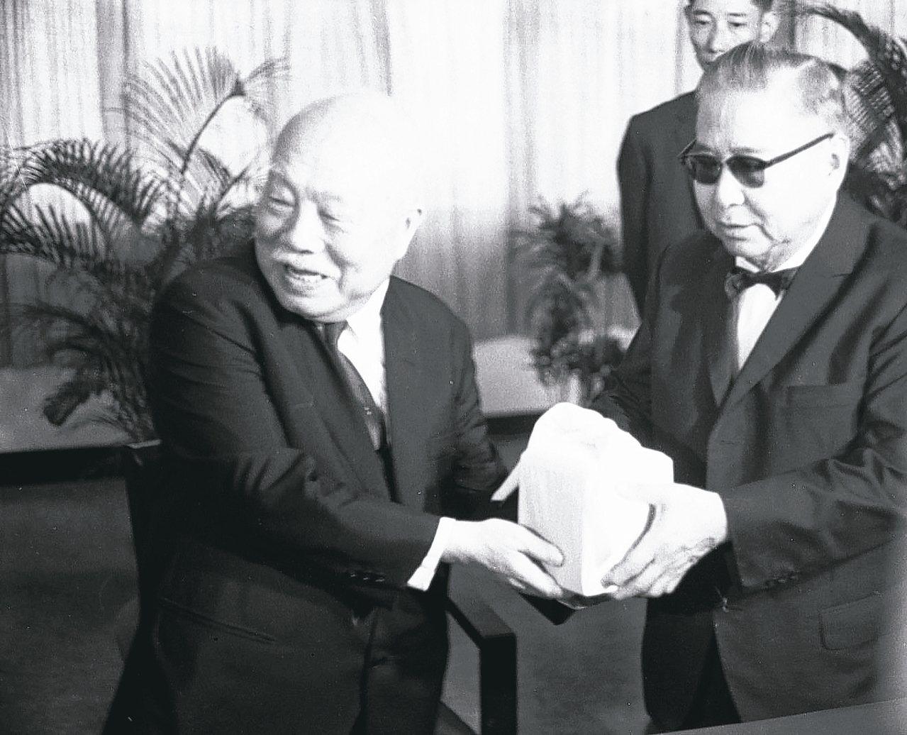 國父孫中山的兒子孫科(右)。 圖/聯合報系資料照片