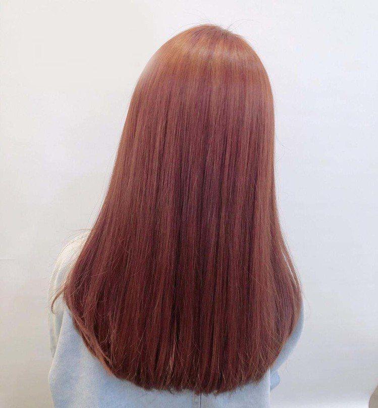 髮型創作/空气概念 桃園一館 / Fiona費歐娜。圖/StyleMap美配提供