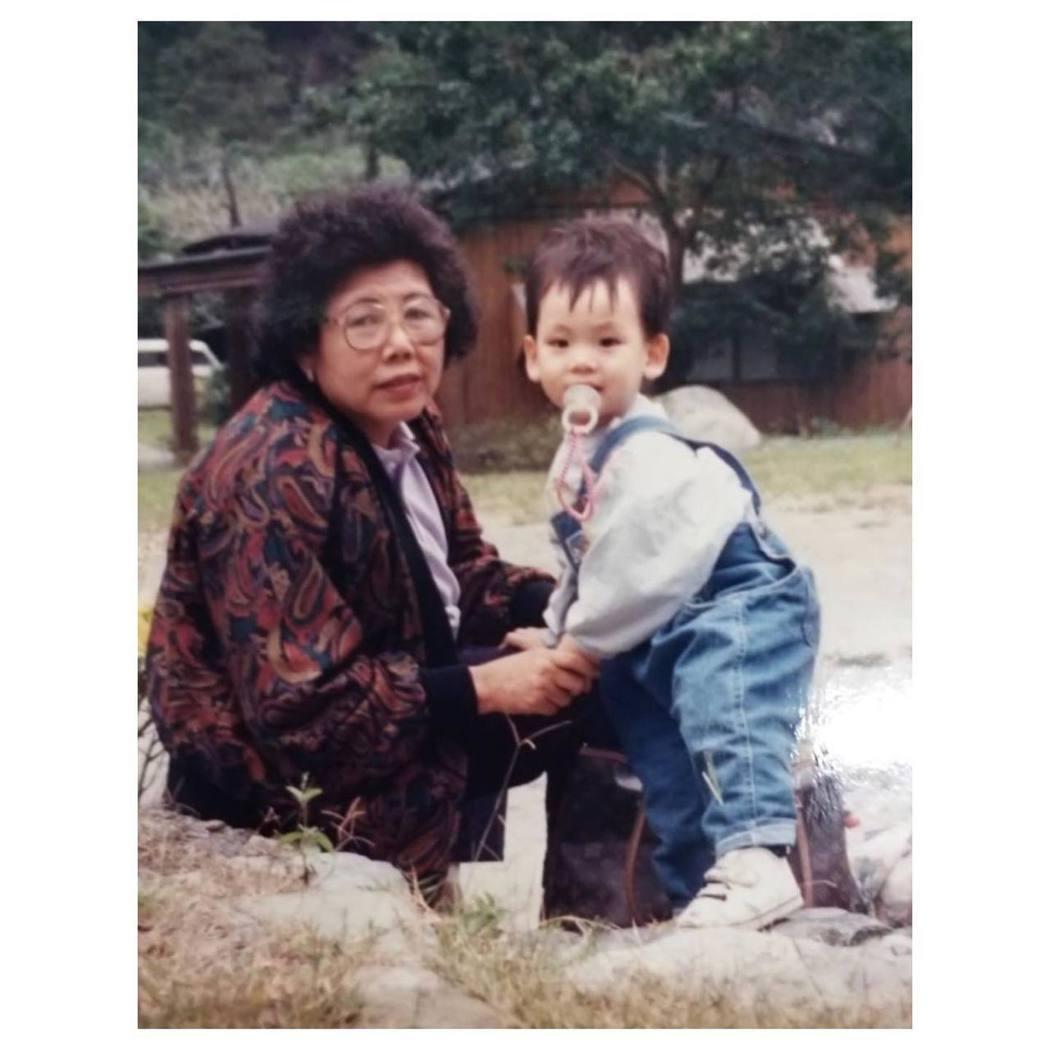 林柏宏外婆過世。圖/摘自林柏宏臉書
