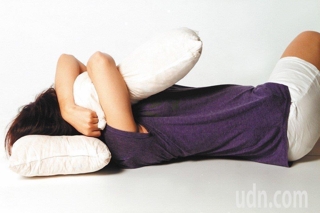 不少民眾深受失眠困擾。圖/聯合報系資料照片