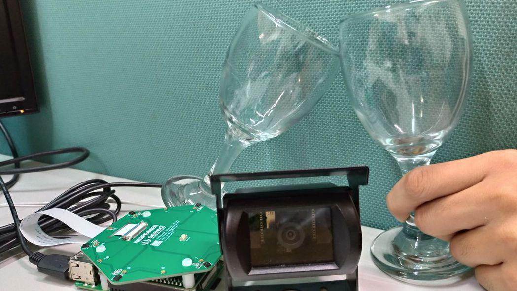 雲林科大自動拍照系統。 中華創新發明學會/提供。