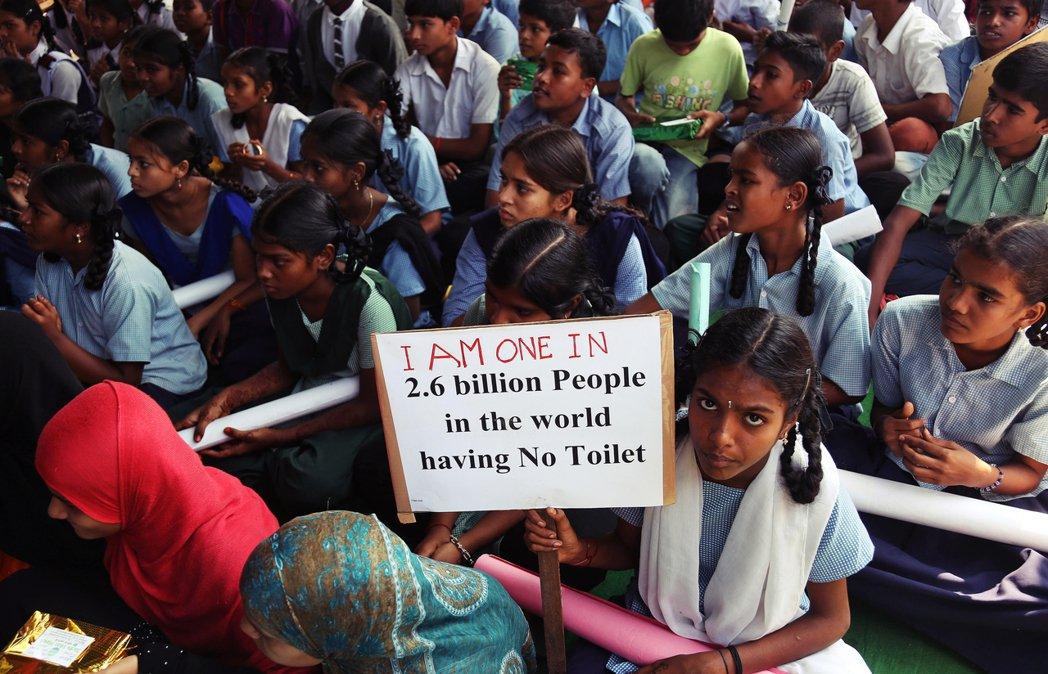 「全世界有26億人沒廁所可用,我是其中之一。」從獨立建國以來,衛生問題就是印度政...