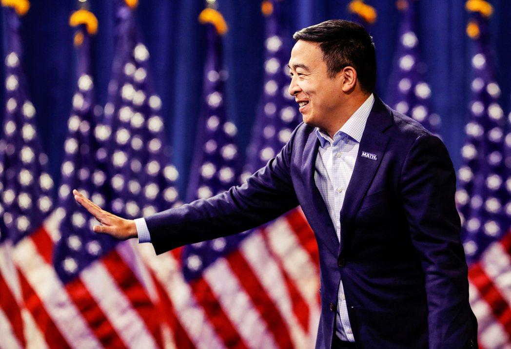 楊安澤能否成為第一位華裔美國總統?或許言之過早。但他聰明在善用藍海策略,主打其他...