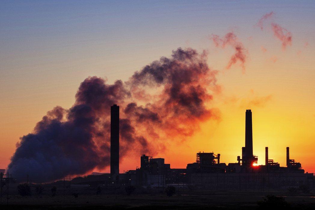 美國29個州及市所組成的「氣候變遷復仇者聯盟」認為,ACE Rule不僅沒有設定...
