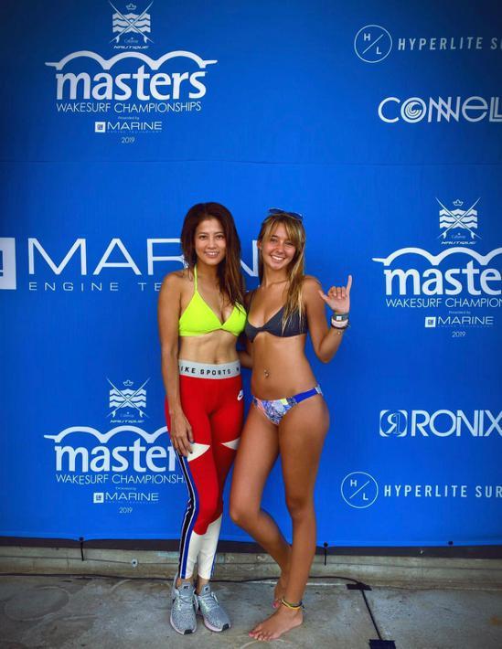 台灣快艇衝浪選手陳美彤(左)。圖/星予公關提供