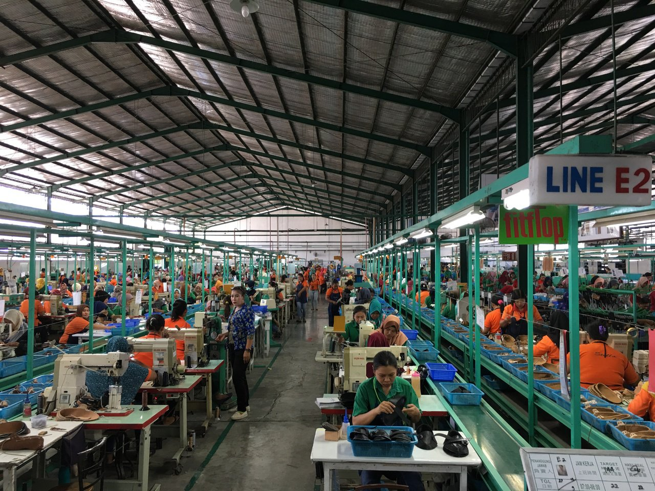 因應美中貿易戰,美國客戶要求轉單,興昂國際看中印尼豐沛勞動力,積極擴大印尼泗水廠...