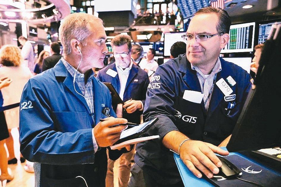 美國聯準會的貨幣寬鬆政策屬「預防性降息」,有利支撐貿易戰對經濟放緩所帶來的風險,...