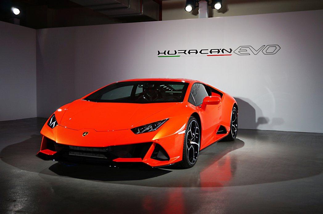 Lamborghini Huracán EVO。 記者 趙駿宏/攝影