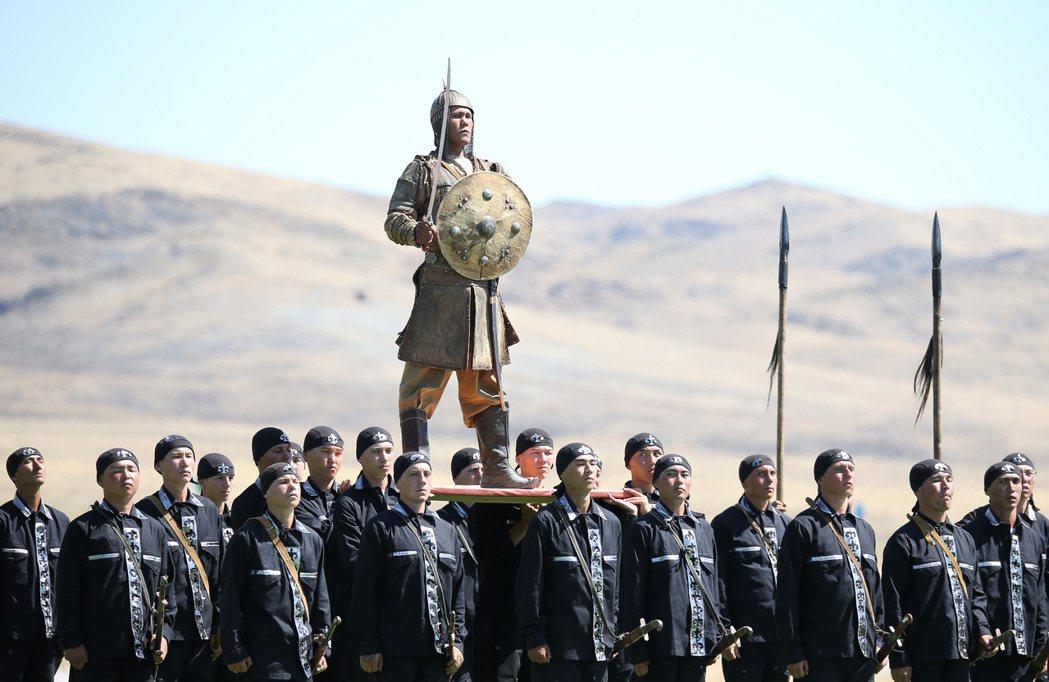 有別於其他中亞國家,哈薩克有實踐平衡外交的本事,若行事處處輕易受中國制肘,未免是...
