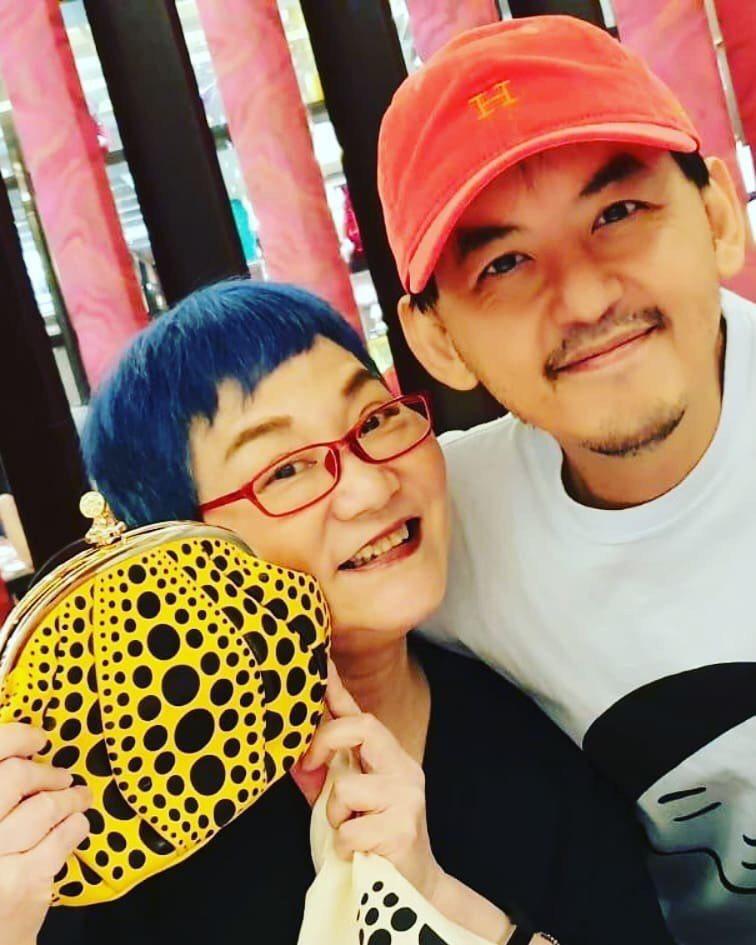 小燕姐和黃子佼情同母子。圖/黃子佼臉書