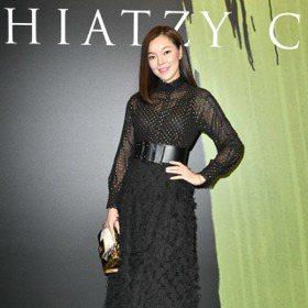 巴黎時裝周/曾馨瑩為夏姿獻出看秀初體驗 侯佩岑新造型身高180