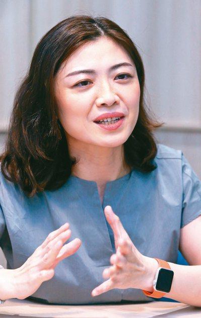 乳癌論壇專訪郭玟伶醫師。 記者林俊良/攝影