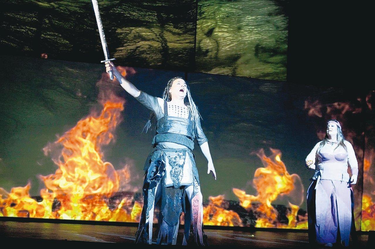 台中歌劇院「指環4年計畫」今年完結篇,《諸神黃昏》磅礡登場。 圖/歌劇院提供