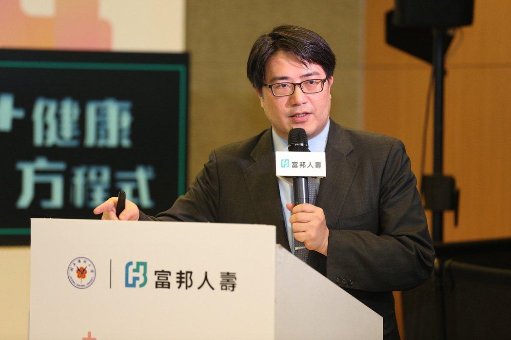 台北榮總高齡醫學中心主任陳亮恭主持研究,建構出台灣第一個高齡健康風險評估模組。 ...