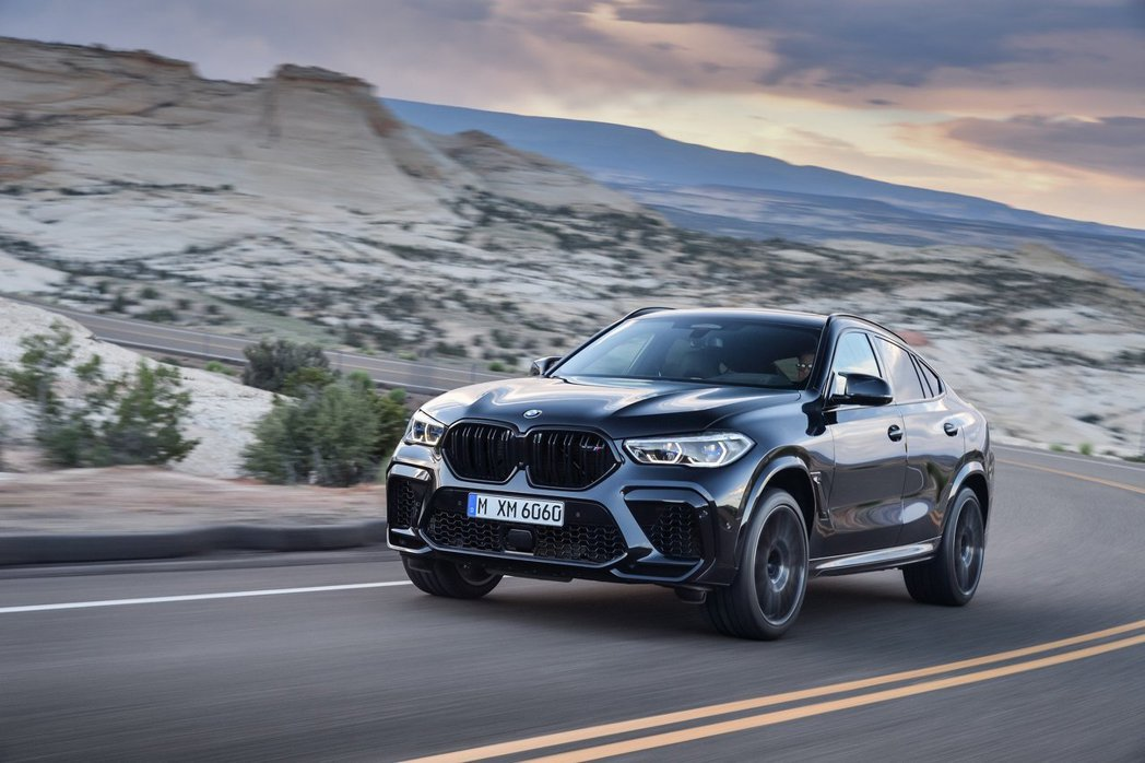 新世代BMW X6 M (F96)。 摘自BMW